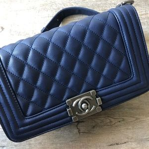 Handbags - Chanel medium boy bag